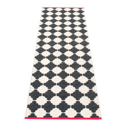 Pappelina - Pappelina Marre Plastic Runner, Black - This  rug from Pappelina, Sweden, uses PVC-plastic and polyester-warp to give it ultimate durability and clean-ability. Great for decks, bathrooms, kitchens and kid's rooms. Turn the rug over and the colors will be reversed!