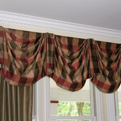 Window Treatments - Top Treatments - Custom hand-sewn Non-functioning panels under a board mounted empire valance with contrasting fabric, lined and interlined