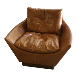 Who Knew Private Label - Retro Leather Chair - '50s Danish style retro chair in leather.