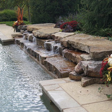 Traditional Pool by Poynter Landscape Architecture & Construction