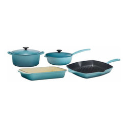 Le Creuset - Le Creuset Signature 6-Piece Enameled Cast Iron Cookware Set - Le Creuset's Signature Collection 6-Piece Set makes an exceptional gift, especially for newlyweds or anyone outfitting a new home. Whether starting from scratch or adding to an existing collection, this set adds versatility to any kitchen.