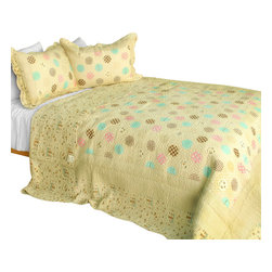 Blancho Bedding - Corda 3PC Cotton Contained Vermicelli-Quilted Patchwork Quilt Set Full/Queen - Set includes a quilt and two quilted shams (one in twin set). Shell and fill are 100% cotton. For convenience, all bedding components are machine washable on cold in the gentle cycle and can be dried on low heat and will last you years. Intricate vermicelli quilting provides a rich surface texture. This vermicelli-quilted quilt set will refresh your bedroom decor instantly, create a cozy and inviting atmosphere and is sure to transform the look of your bedroom or guest room. Dimensions: Full/Queen quilt: 90 inches x 98 inches  Standard sham: 20 inches x 26 inches.