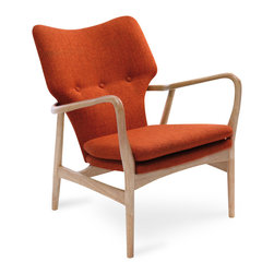 Bryght - Uta Russet Lounge Chair - A perfectly crafted piece, bring the Uta lounge chairs home and jazz up your space with a modern look.