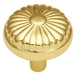 Hickory Hardware - Eclipse Ultra Brass Cabinet Knob - Bridges contemporary and traditional design. Offering a deep rooted sense of history in some, with an updated feel and cleaner lines.