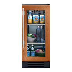 """15"""" Undercounter Refrigerator- Overlay Glass Door - In the kitchen or next to the grill, the True Professional Series®Undercounter Refrigerator gives you complete cooling flexibility wherever you need it. With the only glass door in the industry that's UL-rated for outdoor use, it's the perfect combination of performance, style, and design for real life."""