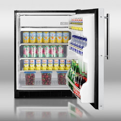 BI605BFR Built-in undercounter refrigerator-freezer in black with manual defrost - Solid construction meets great value in SUMMIT's BI605BFR, a refrigerator-freezer designed for built-in installation under counters.
