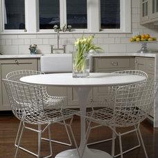 Modern Kitchen by Popp Littrell Architecture + Interiors