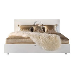 VIG Furniture - Ovidius (AW223-180) - Modern Lacquer Bed by Armani Xavira, Queen - White crocodile lacquer covering entire bed