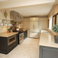 Traditional Kitchen by Pear Interiors