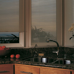 Duette® honeycomb shades with LiteRise® - Hunter Doulgas Duette® Collection Copyright © 2001-2012 Hunter Douglas, Inc. All rights reserved.