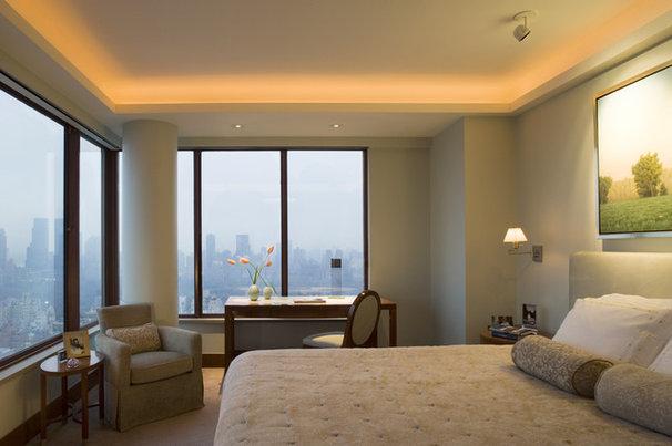 Traditional Bedroom by Elliott Kaufman