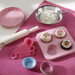 Mini Baking Set - This sweet little cupcake set would make a nice gift for any little baker.