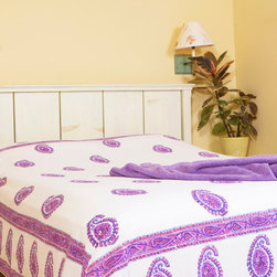 Purple Flat Sheet - Amethyst Amore Bohemian style bedspread where Boho style in trendy colors is integrated to a beautifully unique purple and pink paisley design. Hand Block Printed from Attiser
