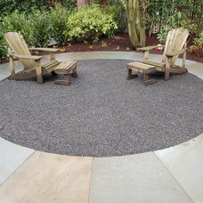 Modern Patio by Kevin Monohan / Avalon NW