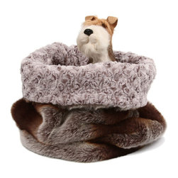 Susan Lanci Cuddle Cup Dog Bed, Platinum - I love how your pet can snuggle up in this sack-like bed. It's cute, not too big and quite comfy looking.