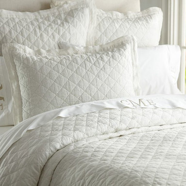 LINEN DIAMOND QUILT & SHAMS - Pure, natural linen has a crisp, silky texture that gives our diamond-quilted bedding a cool, fresh feel.