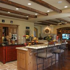Traditional Kitchen by Milestone Studio