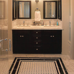 traditional bathroom by ACANTHUS Architecture & Design, San Francisco, CA