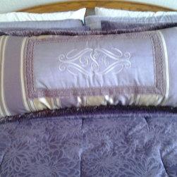 Custom Pillows - Simple Elegance