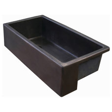 Traditional Kitchen Sinks by Eleek Inc.