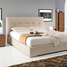 Contemporary Bedroom by Calligaris