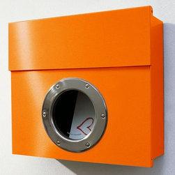 Radius Design | Letterman 1 Mailbox -