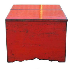 "Golden Lotus - Simple Top Lid Rustic Red Lacquer Wooden Trunk Table - Dimensions:   w23.25"" x d18"" x h20.5"""