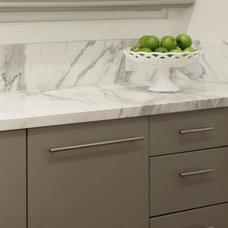 Modern Kitchen by Tierney Conner Design Studio