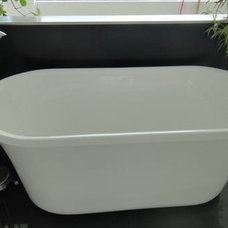 Eclectic Bathtubs by GreenGoods Enterprise