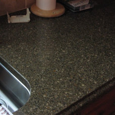 Modern Kitchen Countertops by Replacementcounters.Com