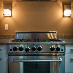 traditional gas ranges and electric ranges by Lansdowne Appliance Gallery