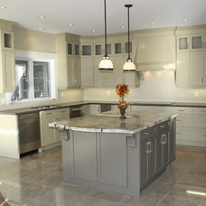 Modern  by Laurentide Kitchens Inc.