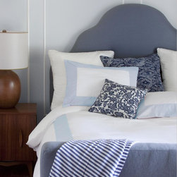 Sky Windowpane Duvet - This duvet is perfect if you're addicted to anything blue and white (like I am). It has traditional lines but is far from boring.