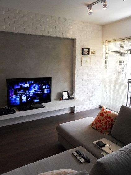 Modern Living Room by Black N White House