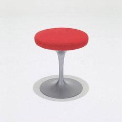 Knoll - Tulip Stool | Knoll - Design by Eero Saarinen, 1957.