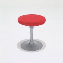 Knoll - Knoll | Tulip Stool - Design by Eero Saarinen, 1957.