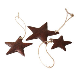 Native Trails - Copper Star Ornaments, Set of 3 - When it comes to gift giving, reach for the stars. Made of hand-hammered copper, these rustically charming ornaments arrive in an ivory organza bag.