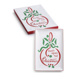 Rosanna - Rosanna Vintage Don't Open 'til Christmas Large Tray - Season's Greetings! From the hip and retro Vintage collection by Rosanna, this large Don't Open 'Til Christmas Tray offers a fresh take on holiday entertaining. Made of porcelain and 24KT gold.