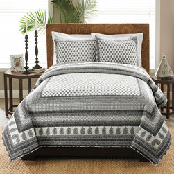None - Pia 3-piece Quilt Set - Dress up your bedroom with this striking cotton three-piece quilt set. The gray and white tones in its handsome patchwork pattern will blend seamlessly with your existing decor. It has a mid-weight fill to keep you warm on chilly nights.