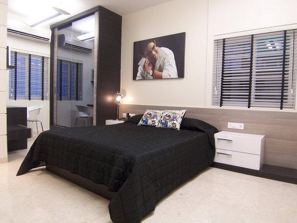 Contemporary Bedroom by krishvi