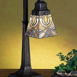 Meyda - 20 Inch Height Glasgow Bungalow 1-Light Table Lamps - Color theme: Xaia HA Beige