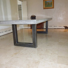 Modern Dining Tables by JM Lifestyles