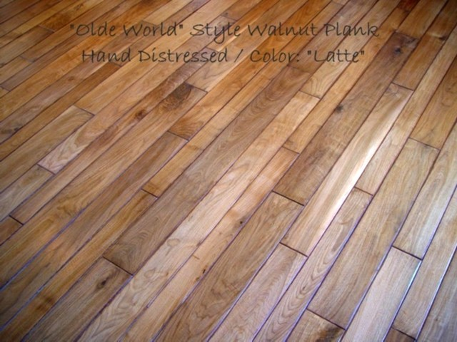 Olde world style walnut plank traditional hardwood for Different width hardwood flooring