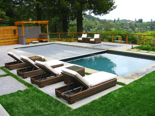 Bluestone edged pool overlooking san francisco bay for Pool design houzz