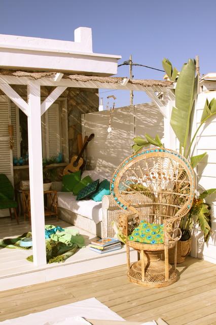 carde reimerdes mediterranean-patio