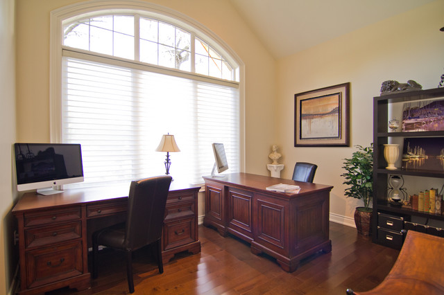 Riverview Bungalow traditional-home-office