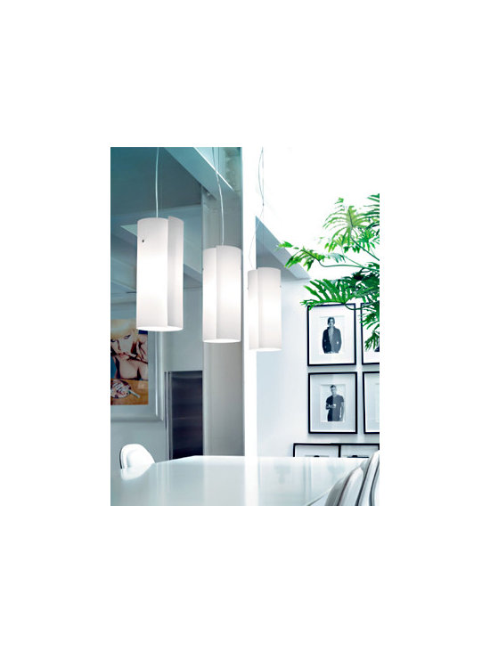 Diane S Pendant Lamp By Leucos Lighting - From Leucos the Diane S series is a modern contemporary lamp.
