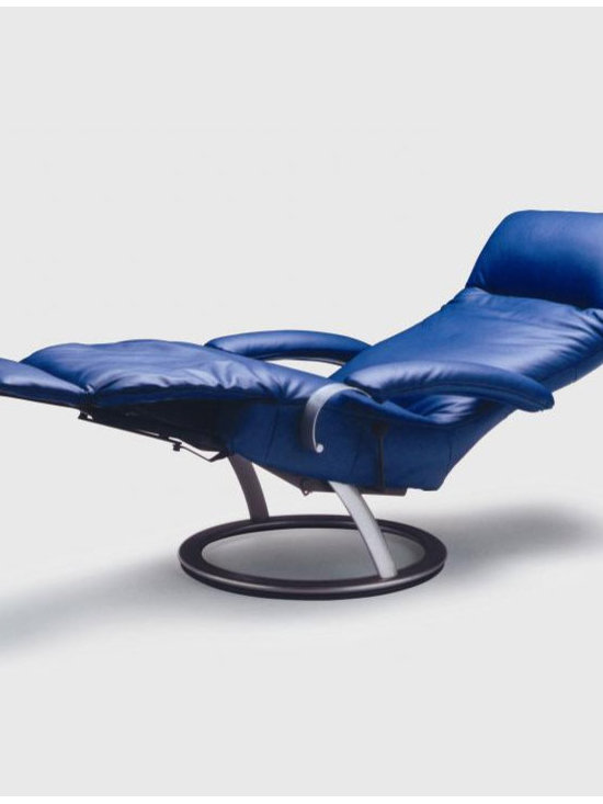 Lafer Kiri Recliner - Lafer Kiri Recliner has revolutionized the look of modern recliners. Upholstered in top grain black leather, this chair can be placed in just about any setting you desire.