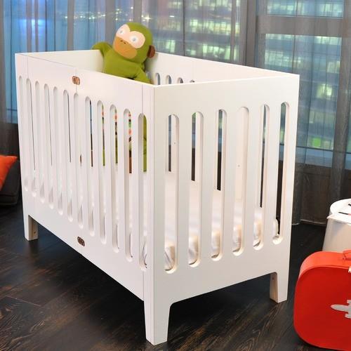 Alma Papa Crib Set with Dresser in Coconut White modern-cribs