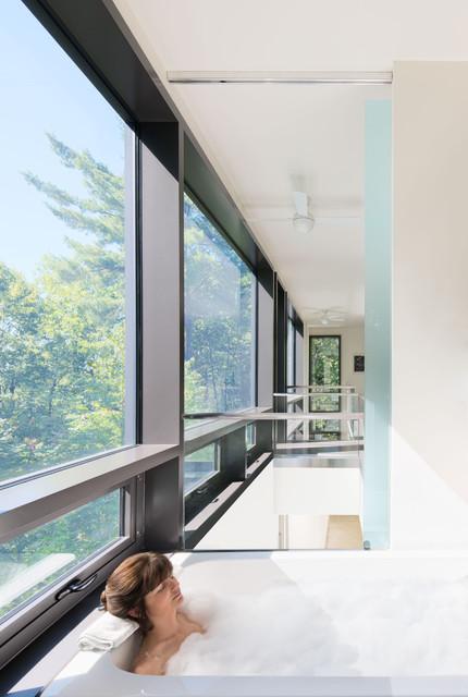 Chelsea Hill House modern-bathroom